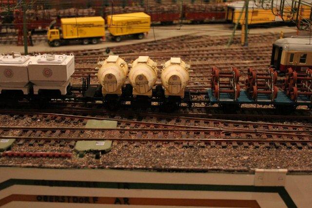 Güterwagen bei der MOB Hp2659